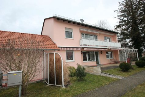 RESERVIERT!!Attraktive EG-Wohnung mit großem Garten in Lochhausen, 81249 München, Erdgeschosswohnung