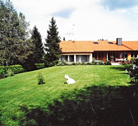 Stilvolles Einfamilienhaus in exklusiver Lage von Königsdorf, 82549 Königsdorf, Villa