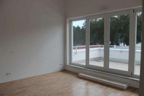 Wohnen für höchste Ansprüche! 2-Zimmer-Wohnung mit großer Dachterrasse., 82538 Geretsried, Terrassenwohnung
