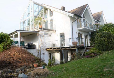 Attraktive DHH in exklusiver Lage, 82335 Berg, Haus