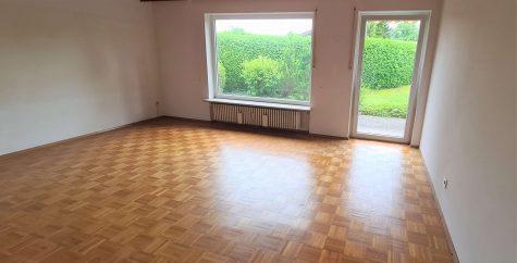 Schöne und helle 4-Zimmerwohnung mit Garten, 82538 Geretsried, Erdgeschosswohnung