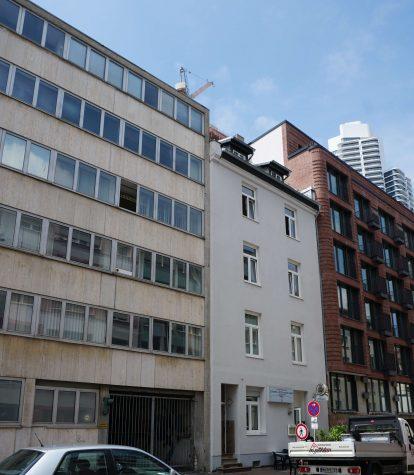 Für Kapitalanleger! Exklusiv und Renditestark – Mehrfamilienhaus in Bestlage von Frankfurt, 60327 Frankfurt, Mehrfamilienhaus